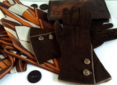 1930s' gauntlet gloves, clutch and deco scarf